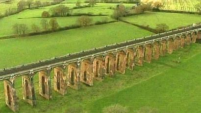 Balcombeviaduct